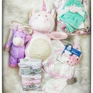 Xtra Pics NWT Baby Girl Unicorn Bundle 🦄💗🎠🌈